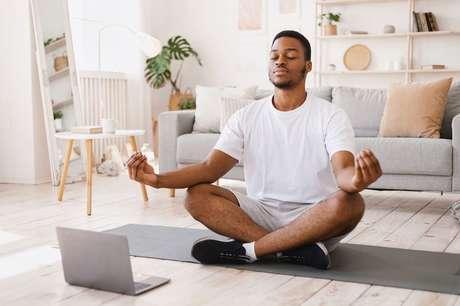 Yoga-em-casa