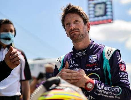 Romain Grosjean começou bem em mais um misto