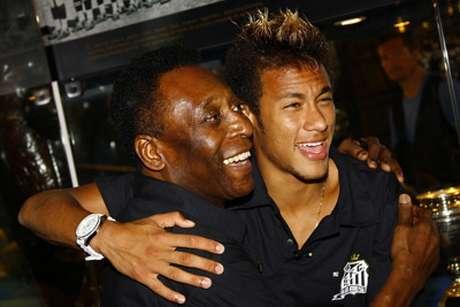 Pelé e Neymar são ídolos do Santos (Foto: Ricardo Saibun / Divulgação Santos FC)