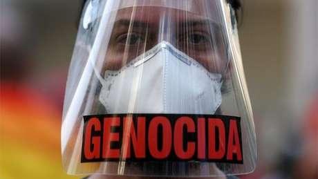 Organizadores dos atos contra Bolsonaro incentivam o uso de máscaras e o distanciamento social