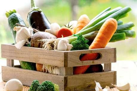Frutas, verduras e legumes ajudam no bem estar físico e mental / Foto: Shutterstock