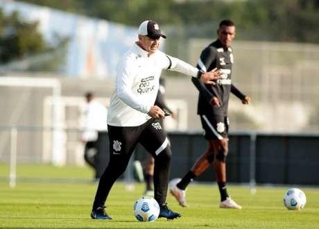 Com Sylvinho, Corinthians só venceu uma em seis partidas (Foto: Rodrigo Coca/Ag.Corinthians)