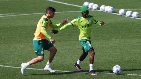 Patrick de Paula participou do treino com o restante do grupo (Foto: Cesar Greco/Palmeiras)
