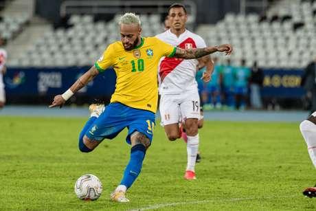 Brasil goleia o Peru por 4 a 0 pela Copa América