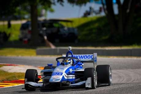 Kyle Kirkwood assumiu a liderança da Indy Lights