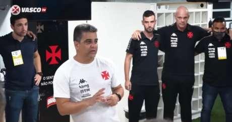 Com o cargo a perigo, Marcelo Cabo voltará à beira do campo após cumprir suspensão (Reprodução/VascoTV)