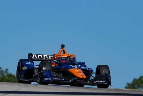 Kevin Magnussen vai evoluindo na Indy