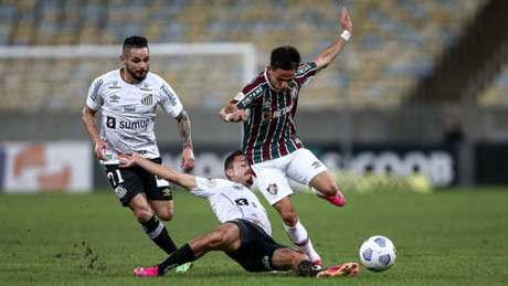Santos perdeu para o Fluminense por 1 a 0 no Maracanã na quinta (Foto: LUCAS MERÇON / FLUMINENSE F.C.)
