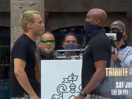 Anderson Silva encara ex-campeão mundial Julio Cezar Chavez Jr neste sábado (Foto: Reprodução/YouTube)