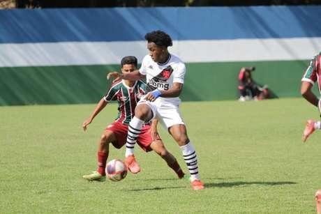 Vascvo assume a liderança da Copa Rio Sub-17 ao superar o Fluminense (Foto: Valdir Santiago/Divulgação)