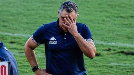 'Tivemos na maior parte o controle do jogo, as melhores chances', diz Chamusca (Foto: Wilson Castro/W9 Press/LancePress!)