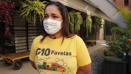 'Quando comecei, eu estava desempregada, estava desesperada', conta Graziele Jesus Santos, 25 anos, hoje empregada pelo G10 Favelas