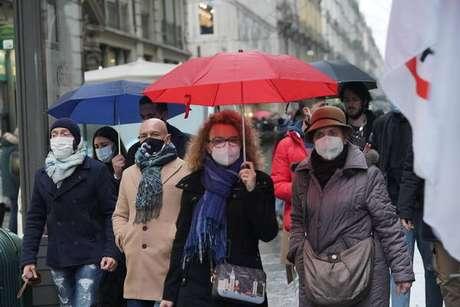 Uso de máscaras é obrigatório na Itália em espaços abertos e fechados