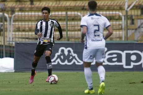 Paulo Victor em ação pelo Botafogo (Foto: Vítor Silva/Botafogo)