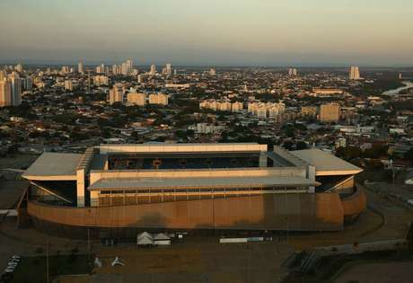 Vista aérea da Arena Pantanal em Cuiabá 16/06/2021 REUTERS/Carla Carniel