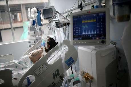 Paciente com Covid internado em Bogotá  3/6/2021   REUTERS/Luisa Gonzalez