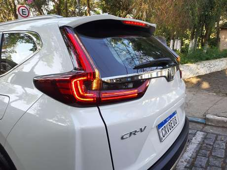 Honda CR-V é vendido em apenas uma versão: Toruing com motor 1.5 turbo.