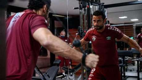 Titulares fizeram regenerativo na academia (Foto: Lucas Merçon/Fluminense FC)