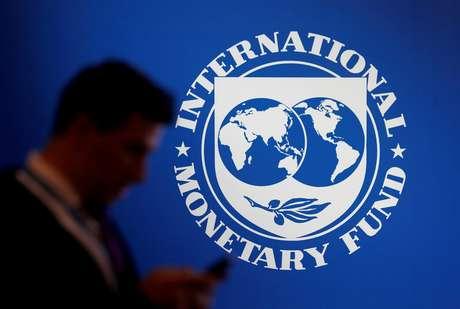 Logo do Fundo Monetário Internacional durante reunião anual do Banco Mundial