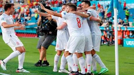Espanha venceu a Eslováquia com facilidade na Eurocopa (Foto: MARCELO DEL POZO / POOL / AFP)