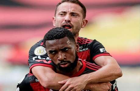 Gerson e Everton Ribeiro conquistaram muitos títulos pelo Flamengo (Foto: Reprodução)