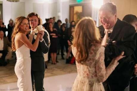 Sam Schmidt dança com a filha Savannah