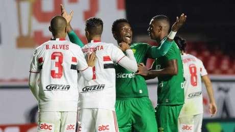 São Paulo e Cuiabá ficaram no empate no Morumbi (Foto: AssCom/Dourado)