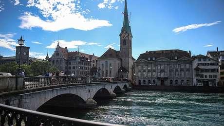 Zurique é um centro global de bancos e finanças