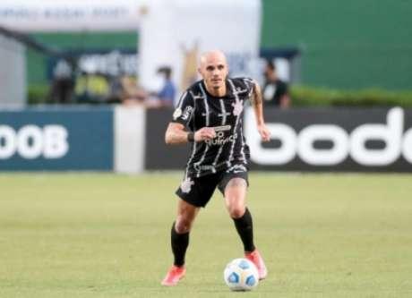 Fábio Santos celebrou 250 jogos (Foto: Rodrigo Coca/Ag. Corinthians)
