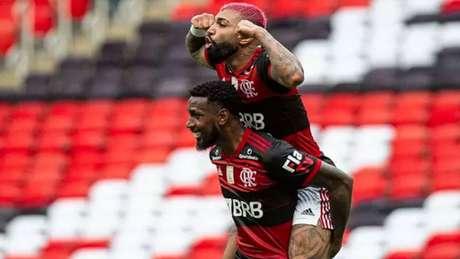 Gerson e Gabigol comemorando um gol (Reprodução)