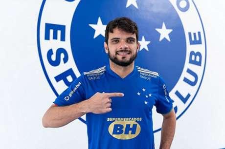 Noberto vai reforçar a lateral-direita, setor  carente de atletas na Raposa-(Bruno Haddad/Cruzeiro)