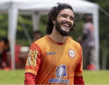 O negócio entre a Raposa e o Tombense voltou a entrar em pauta e o jogador deve assinar com a Raposa-(Victor Souza/Tombense)