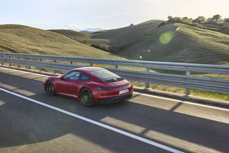 Porsche 911 GTS: mais rápido e dinâmico do que nunca.