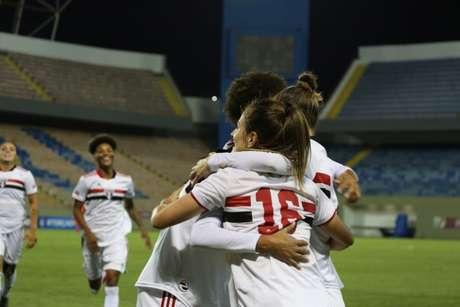 São Paulo venceu o Nahia pelo Brasileiro Feminino (Foto: Gabriela Montesano / saopaulofc/net)