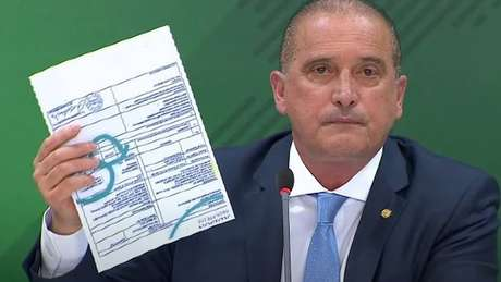 'Quero alertar ao deputado Luís Miranda: o que foi feito hoje, no mínimo, é denunciação caluniosa, e isso é crime tipificado no Código Penal', afirmou Lorenzoni