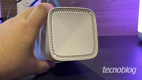 Topo e LED indicador do D-Link Covr 1103