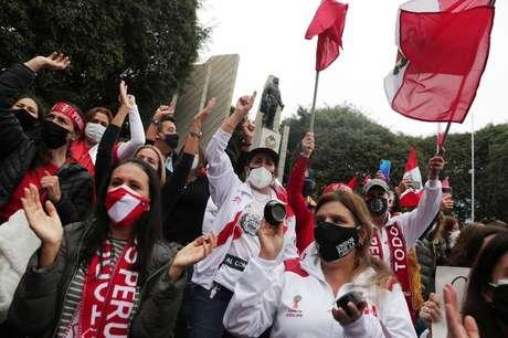 Apoiadores de Keiko Fujimori protestam em Lima  22/6/2021    REUTERS/Sebastian Castaneda