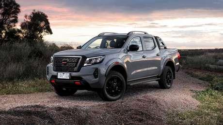 Nova geração da Nissan Frontier terá versões híbridas e será lançada em 2024.
