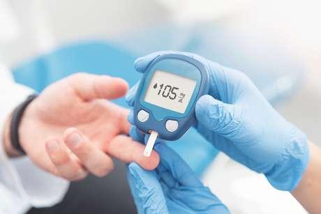 Segundo o endocrinologista geralmente pacientes com o Diabetes possuem a glicemia entre 100-120 mg/dl