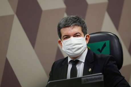 Senador Randolfe Rodrigues durante sessão da CPI da Covid no Senado 05/05/2021 REUTERS/Adriano Machado