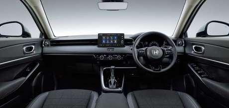 Novo Honda HR-V: multimídia flutuante e painel digital.