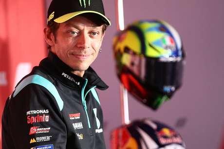 Valentino Rossi utilizzerà le vacanze per decidere se seguirlo o meno in MotoGP