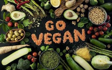 4 alimentos que não podem ficar de fora da mesa dos veganos