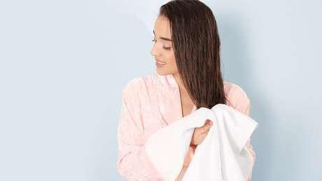 Aprenda a cuidar corretamente do seu cabelo