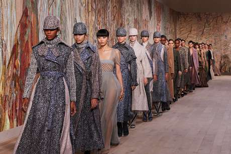 Desfile de alta-costura da Dior (Adrien Dirand/Divulgação)