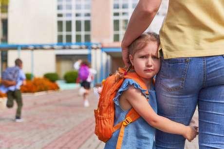 A psicóloga fala que as criança tem comportamentos naturais e não costumam disfarçar
