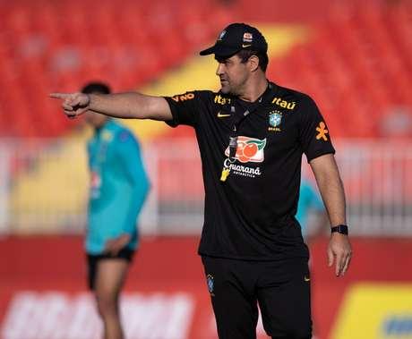 Técnico André Jardine orienta treino da Seleção Olímpica Ricardo Nogueira/CBF