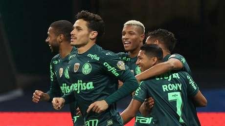 Enquanto o Verdão é líder, Imortal é o lanterna do Brasileirão (Foto: Cesar Greco)