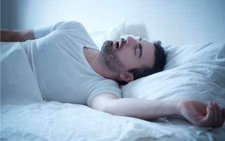 Como saber se você não está respirando bem durante o sono?