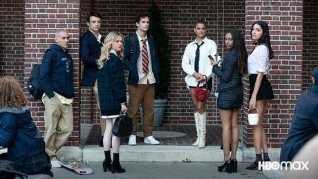 Desta vez, o público conhece um novo grupo de estudantes de Upper East Side.